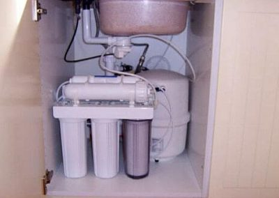 Charm-E30s ozmózis víztisztító-45 cm-es-szekrényben